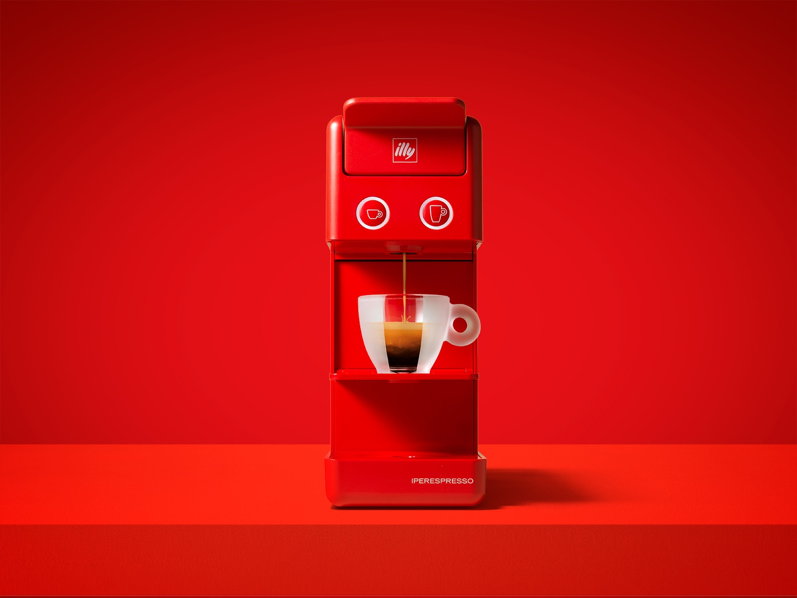 Macchina caffè a capsule gratis con illy Lovers