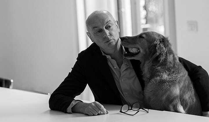Piero Lissoni and a dog