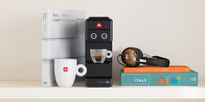 Y3 Black iperEspresso coffee machine