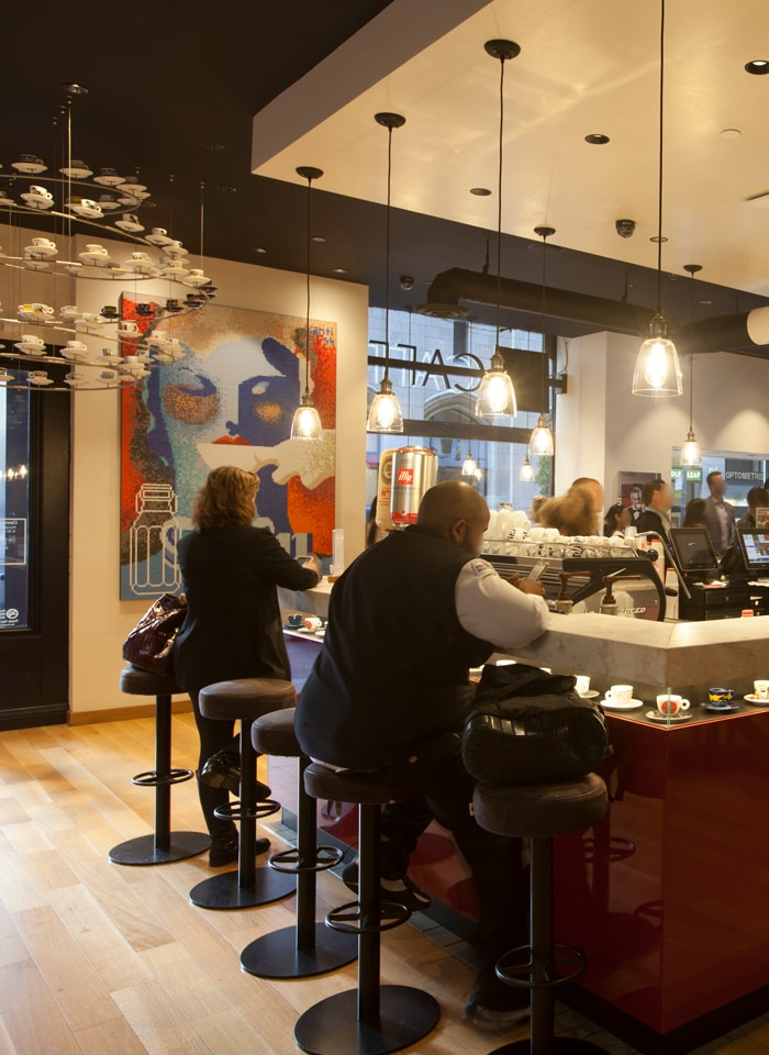 illy Montgomery Street flagship location