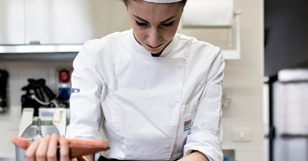 pastry_chef_at_work